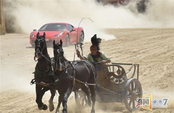 意大利奇葩比赛上演马车对阵法拉利